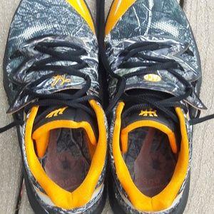 """Nike Shoes - Kyries 5 """"taco"""""""